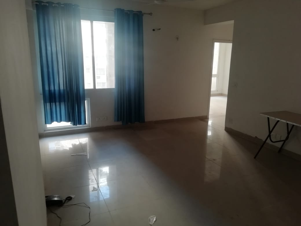 Apartment In Greater Noida